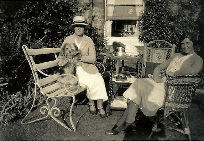 Tea in the garden with the aunts, 1934