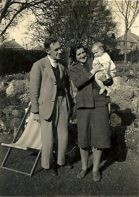 Lally, Alec and Elizabeth aged five months, 1943